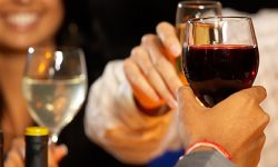 The Dos and Don'ts for Giving a Toast